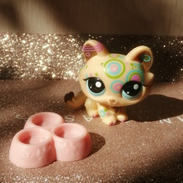 LPS Littlest Pet Shop kot #1839 z akcesoriami