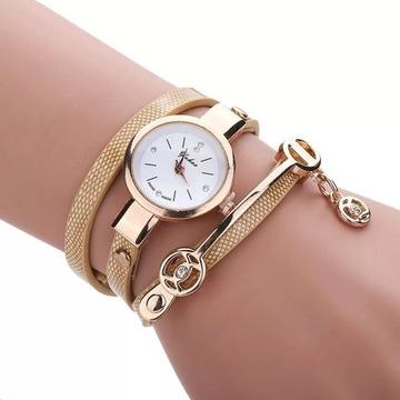 Stylowy damski zegarek ze skórzana branzoletka