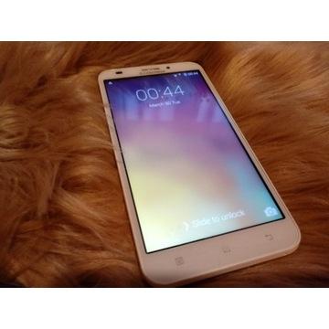 Smartfon Lenovo A916 biały używany Nowa bateria