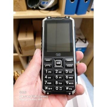Telefon z power bankiem komplet