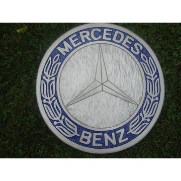 Mercedes Ręcznie rzeźbione logo w drewnie. UNIKAT