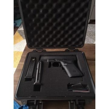Glock 19 WE + akcesoria