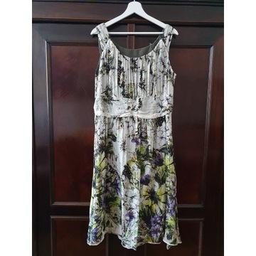 Zwiewna sukienka z dodatkiem jedwabiu