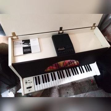 Organy Alan pell, Yamaha mdf 2