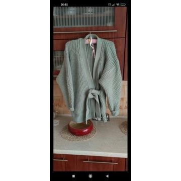 Zara miętowy wiązany sweter