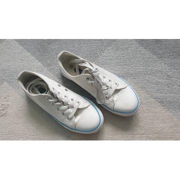 trampki Hip & Hopps białe z niebieskim paskiem 33