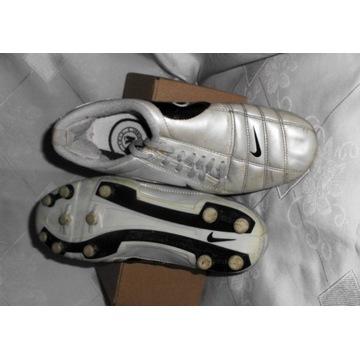 buty korki piłkarskie