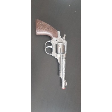 Metalowy pistolet na kapiszony