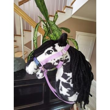 Koń Hobby Horse na kiju + zestaw - Harold