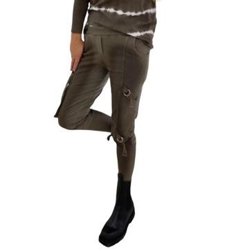 Spodnie dresowe bojówki By o la la czekolada M