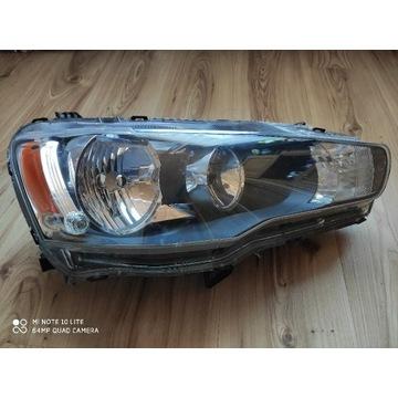 Lampa przednia prawa Mitsubishi Lancer X