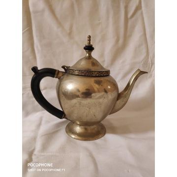 Piękny zabytkowy dzbanek do herbaty