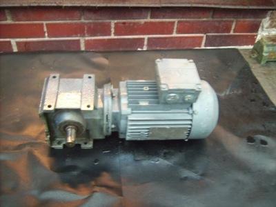 silnik elektryczny 0.4 kw motoreduktor 98 obr