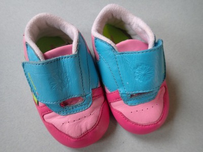 Buciki niemowlęce REEBOK 9 cm