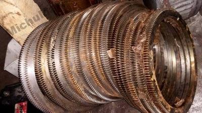 wieniec zębaty rozruchowy silnika S324 Andoria 165
