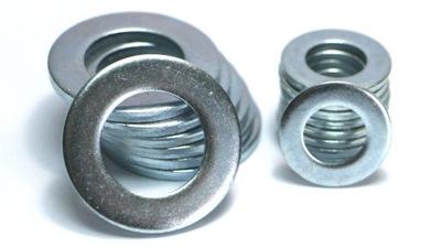 Podložkou M8 pozinkované DIN 125 (1 kg = cca. 602 Ks)