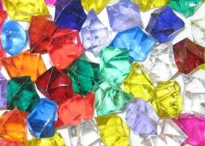 plastikowe kryształki kamyczki z akrylu ozdobne 60