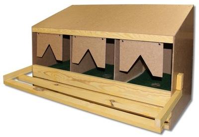 Гнезда для кур-несушек Тройной с ящиком + коврики