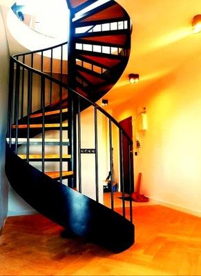 Лестница Вьющиеся wangowe,спиральные ,кованые.