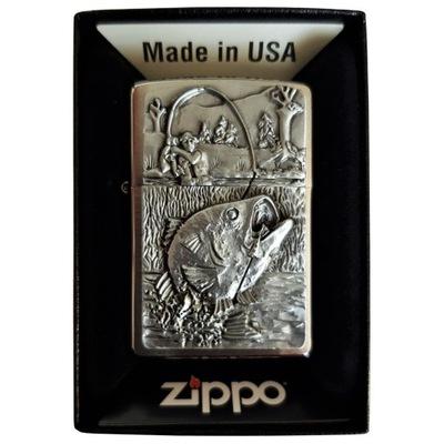 Зажигалка ZIPPO Bass Рыбалка Emblem