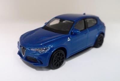 Модель Bburago 1 :43 Alfa Romeo Stelvio Street Fire