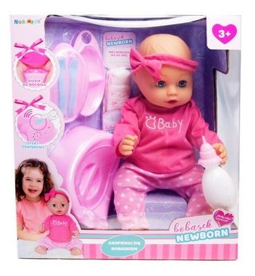 BÁBIKU baby je PITNÁ pee HRÁ s NOCNICZKIEM