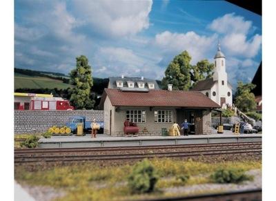 Склад, вокзал, Piko 61824, масштаб H0