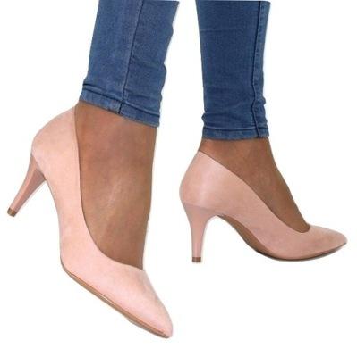 dfd3ff3a Mama na obcasach – propozycje modnych i wygodnych butów dla kobiet w ...