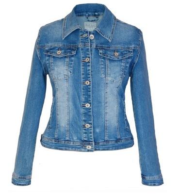 40676fbb Najnowszy hit – obszerne dżinsowe kurtki. Z czym je nosić i czy ...