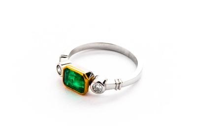 ПЛАТИНОВЫЙ кольцо - 5 ,62г - изумруд БРИЛЛИАНТЫ