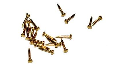 Gwoździe małe gwoździki 8mm złote