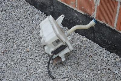 бачок омывателя под xe toyota auris 2009