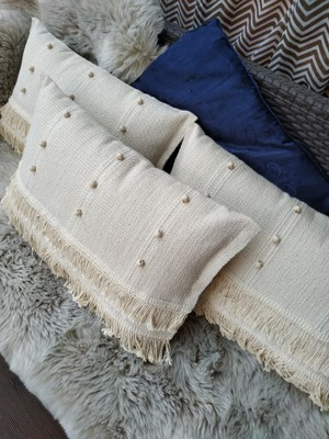 Poduszki dekoracyjne w stylu BOHO