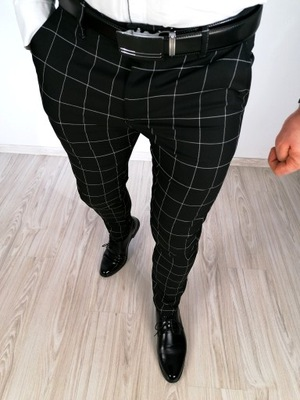 Męskie czarne eleganckie spodnie w kratę Disc 36