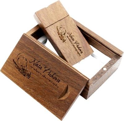 PENDRIVE Drewniany w pudełku 32Gb 3.0 z grawerem.