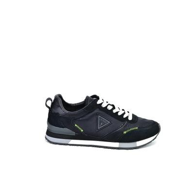 Męskie sneakersy czarne Guess II1G3002 - 43