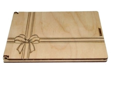 Pudełko na laurkę. Koperta drewniana