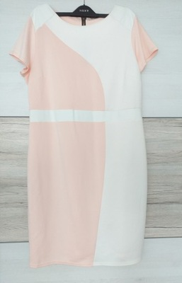 Delikatna sukienka elegancka 48