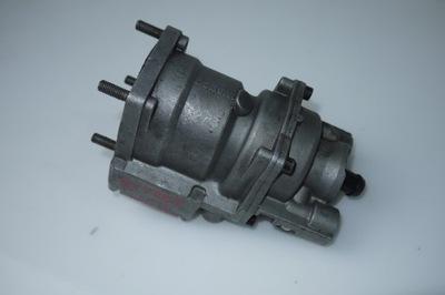Клапан главный тормозной WABACO Actros 480001000C Merc