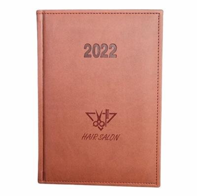 Kalendarz książkowy A5 dzienny 2022 GRAWER GRATIS!