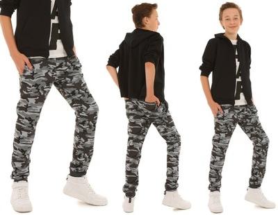Spodnie dresowe dla chłopca MORO - 146 KROPEK