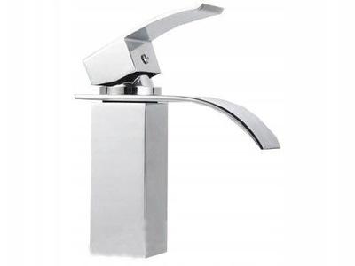 Faucet s nízkym vodopádom FALCON