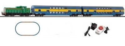 комплект с локомотивом spalinową SM42 PKP Piko 97934