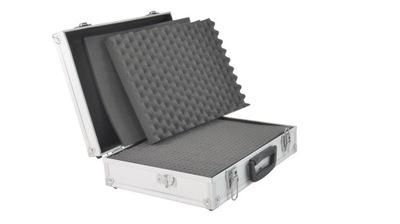 Średnia walizka aluminiowa wypełniona pianką