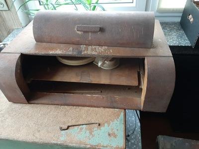 Gramofon typu chlebak Fonica, zabytkowy.
