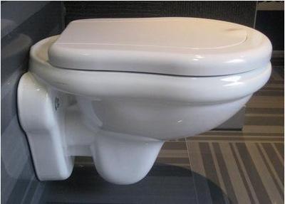 Retro Kerasan WC na stenu biely