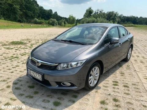 Honda Civic IX 1.8 2012 79400 km salon Polska