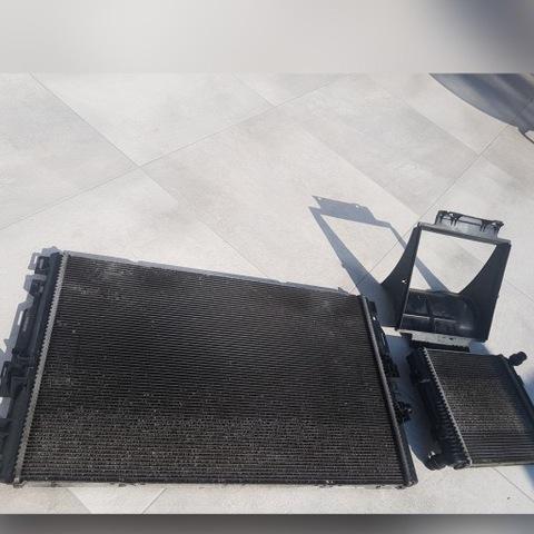 Комплект радиаторов воды Mercedes C63/C63S AMG W205