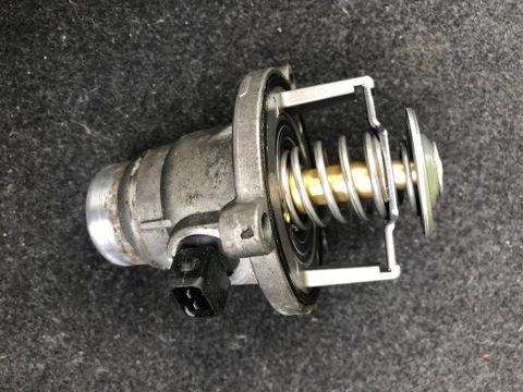 Термостат BMW E60 E63 E65 N62B48 исправен