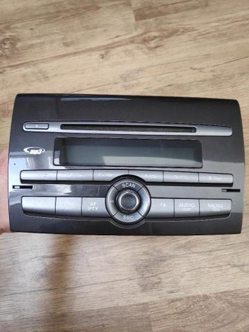 RADIO DE AUTOMÓVIL CD, MP3 FIAT BRAVO 2 98R.